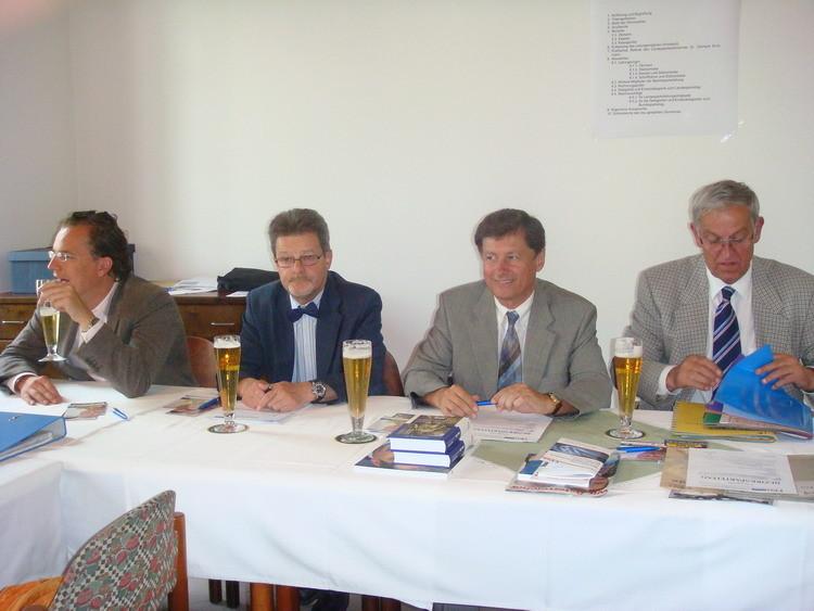 EU-Kandidata Dr. Mayer, GR Krusche, LPO Dr. Kurzmann, BPO Dr. Grollitsch (von links)