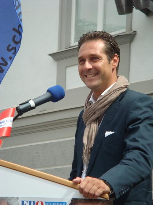 HC Strache begeistert die Zuhörer