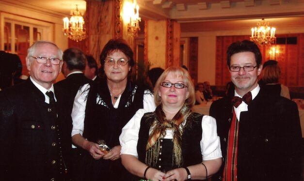 Herr und Frau Raubitzek, Meine Frau und ich,...