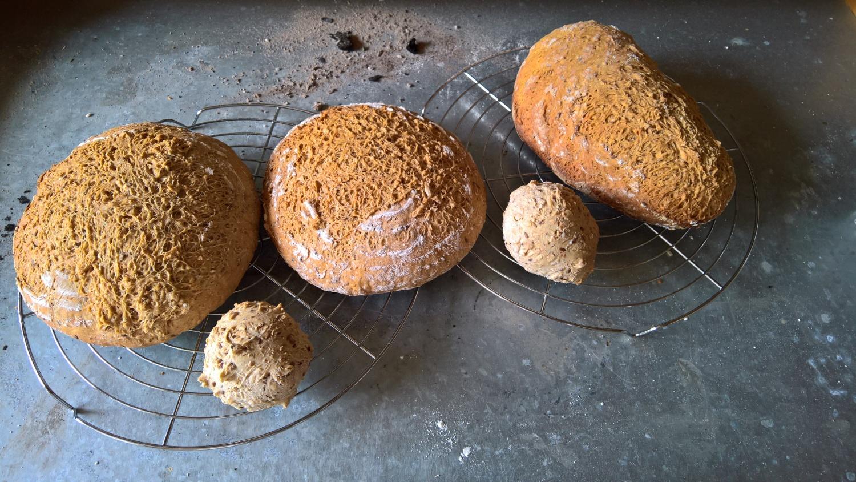 Annettes erster grosser Erfolg mit Brot backen im Holzofen