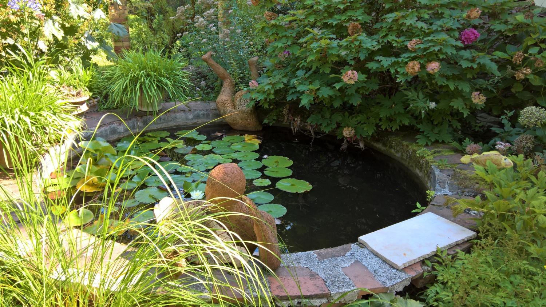 im Garten der Töpferei