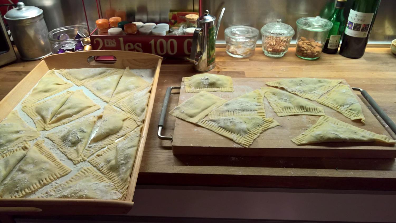 Ravioli, gefüllt mit Spinat und Ricotta