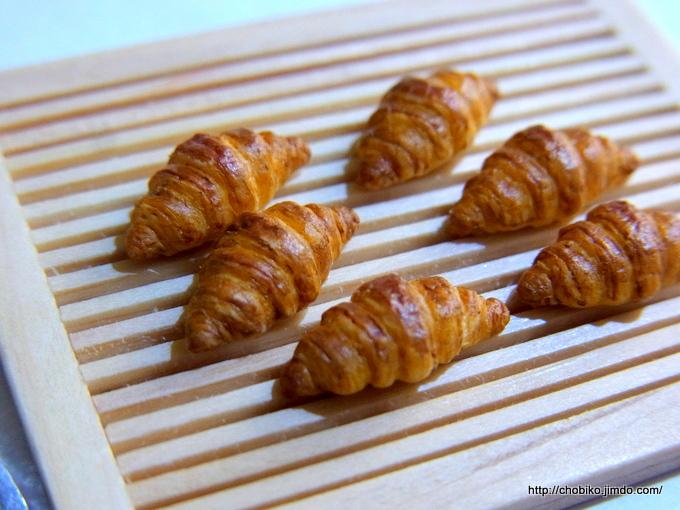 パンの型(バゲットとクロワッサン)
