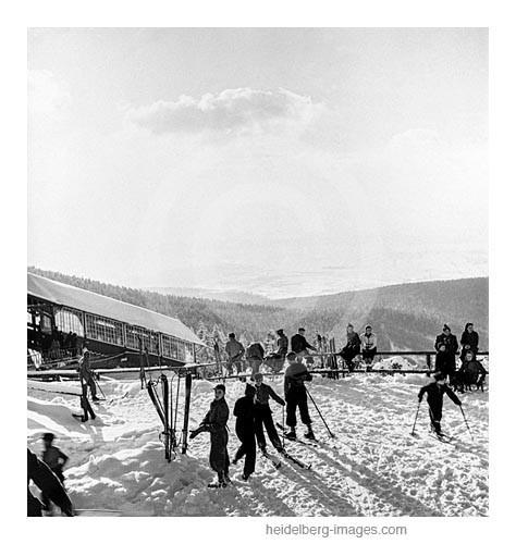Archiv-Nr. hr109 / Skifahrer am Königstuhl