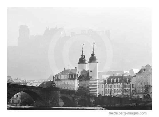 Archiv-Nr. h2005107 | Alte Brücke u. Schloss-Silhouette