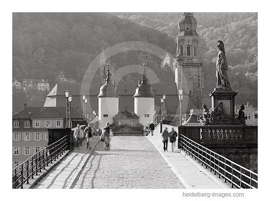 Archiv-Nr. h2000159 | Auf der Alten Brücke