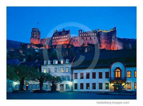 Archiv-Nr. hc95125 | Kornmarkt u. Schloss im Abendlicht