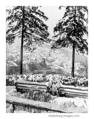 Archiv-Nr. h72a-5 / Blick auf die verschneite Altstadt und Heidelberger Schloss