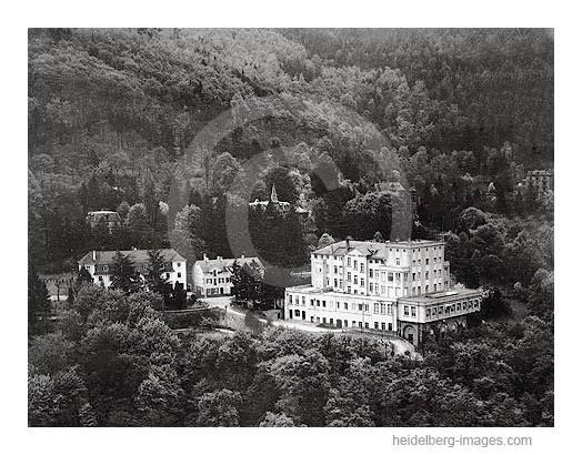 Archiv-Nr.  L3016  /  Luftaufnahme des Schlosshotels von 1970