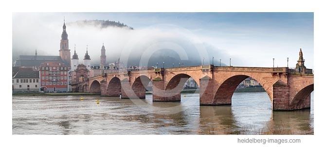 Archiv-Nr. hc2014104 | Morgennebel an der Alten Brücke in Heidelberg