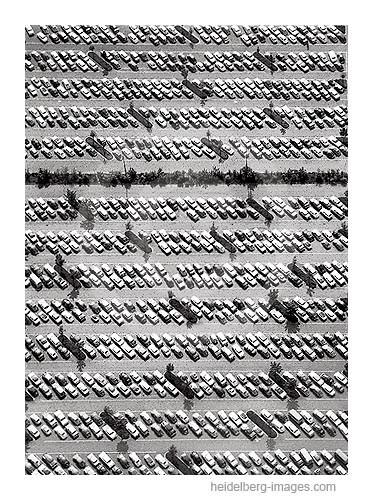 Archiv-Nr.  L10_706 / Parkplatz 1964 von oben