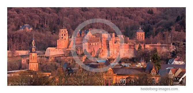 Archiv-Nr. hc2018102 / Letztes Abendlicht am Schloss