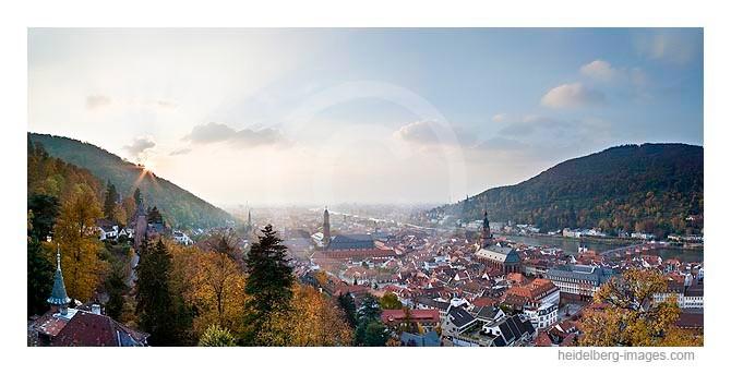 Archiv-Nr. hc2009237 | Blick vom Schloss auf die herbstliche Altstadt