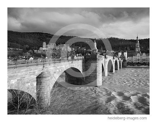 Archiv-Nr. h2020106 | An der alten Brücke