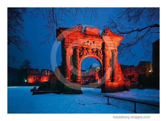 Archiv-Nr. hc96101 / Elisabethentor im Schlossgarten bei Nacht