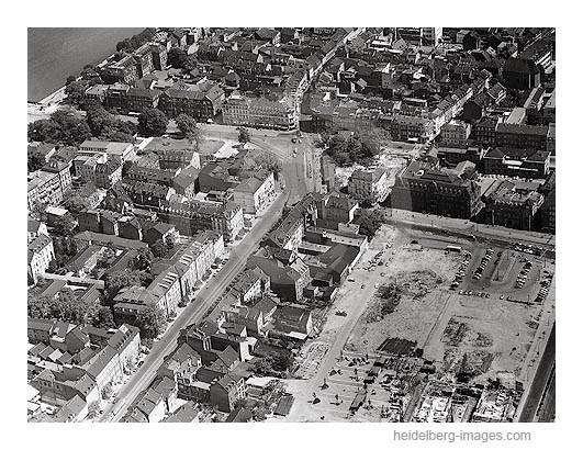 Archiv-Nr. L10_080 / Luftbild vom Bismarkplatz u. der Bergheimer Strasse 1959
