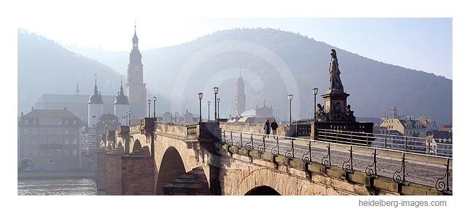 Archiv-Nr. hc95126 / Alte Brücke und Heiliggeistkirche im Morgenlicht