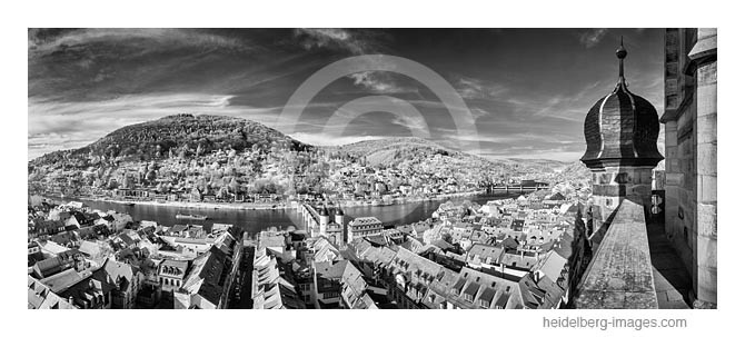 Archiv-Nr. h2014129   Heidelberg, Blick über die Altstadtdächer zum Philosophenweg