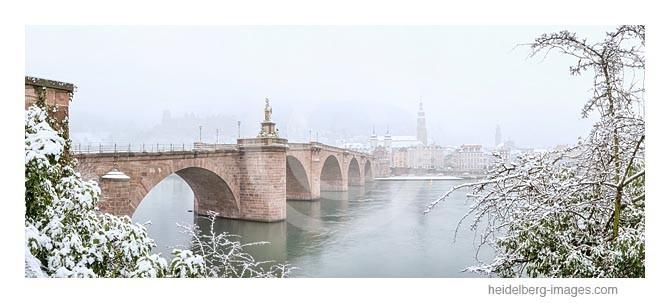 Archiv-Nr. hc2013109 | Alte Brücke im Winternebel