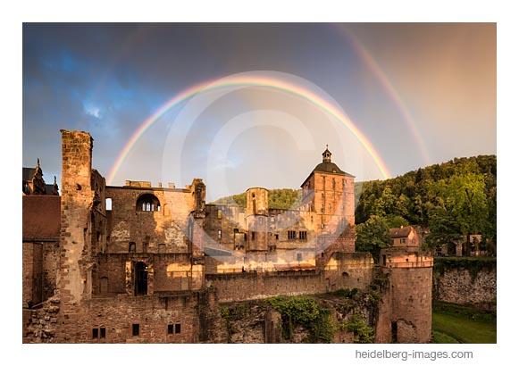 Archiv-Nr. hc2017135 / Regenbogen über der Schlossruine