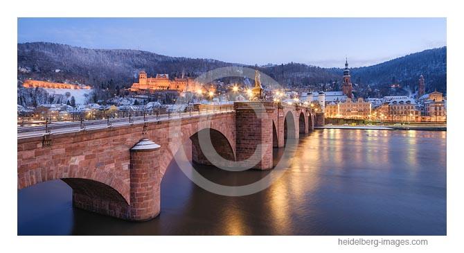 Archiv-Nr. hc2021139 | winterliche Abendstimmung an der Alten Bücke und Blick auf die Altstadt
