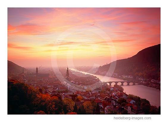 Archiv-Nr. hc2008130 | Spektakulärer Sonnenuntergang über Heidelberg