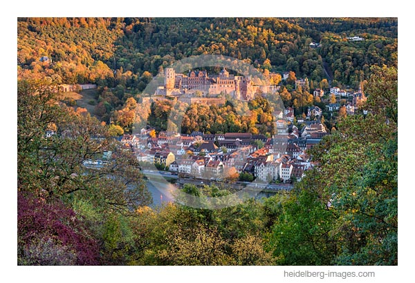Arhiv-Nr. hc2018128 / Heidelberger Schloss im Herbst