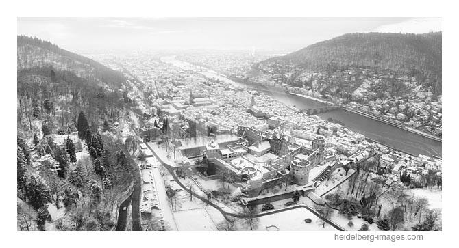 Archiv-Nr. h2021132 |  Luftbild Heidelberger Schloss und Altstadt im Schnee