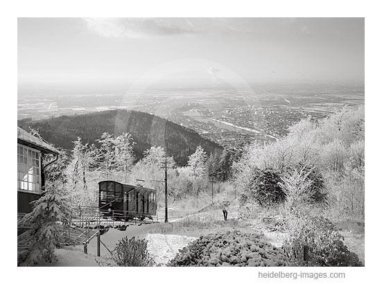 Archiv-Nr. h2001133 | Bergbahn im Winter