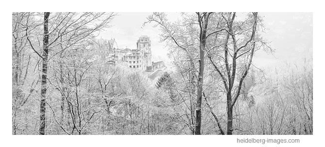 Archiv-Nr. h2015109 | Malerische Schlossansicht im Winter
