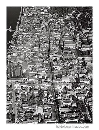 Archiv-Nr. L10_326 / Heidelberger Altstadt mit Hauptstrasse 1961