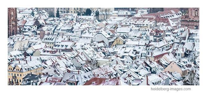 Archiv-Nr. hc2012189 / Verschneite Altstadtdächer