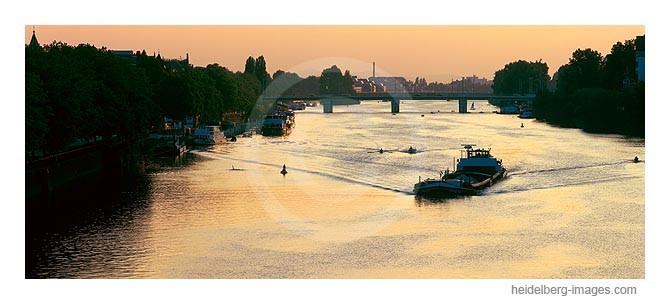 Archiv-Nr. hc2001120 / Neckar im Sonnenuntergang