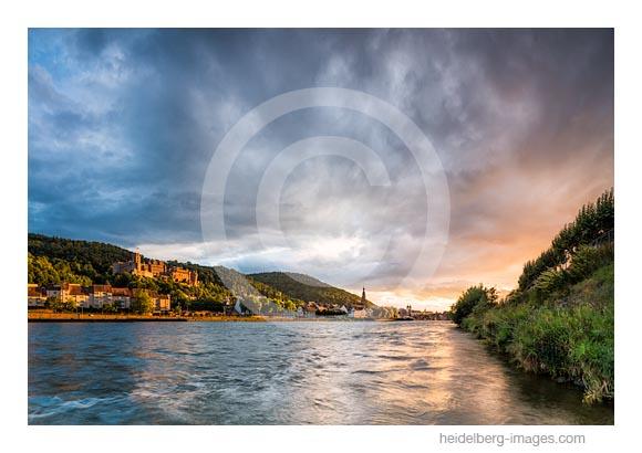 Archiv-Nr. hc2017137 | Herbstliche Stimmung über Heidelberg und Neckar