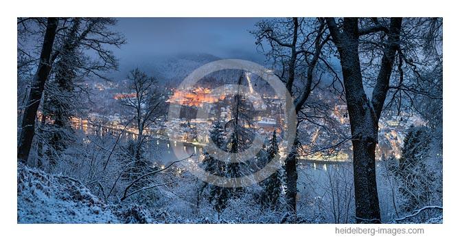 Archiv-Nr. hc2017106 / Winterliche Abenddämmerung