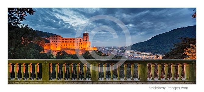 Archiv-Nr. hc2013153 / Blick über die Schlossterrasse auf die Altstadt
