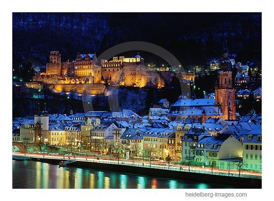 Archiv-Nr. hc2007101 / Winterliche Altstadt und Schloss