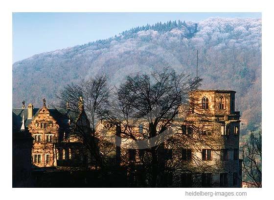 Archiv-Nr. hc2004157 / Schlossansicht an einem Wintermorgen