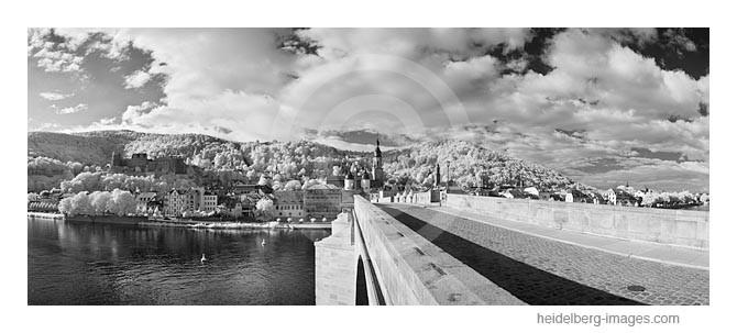 Archiv-Nr. h2011126 | Auf der Alten Brücke