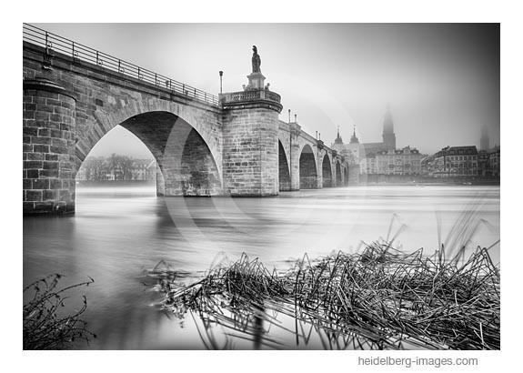 Archiv-Nr. h2014103 | Nebel an der Alten Brücke