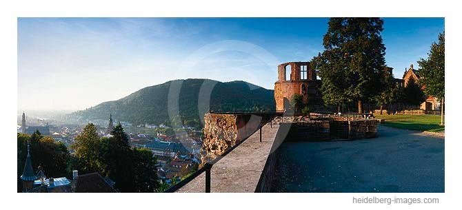 Archiv-Nr. hc2003195 / Schlossterrasse mit Blick auf Heidelberg