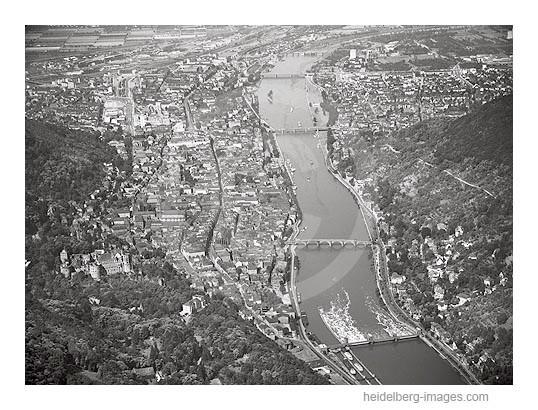 Archiv-Nr. L10_264 / Heidelberger Schloss, Schlosshotel, Altstadt u. Neckar 1961