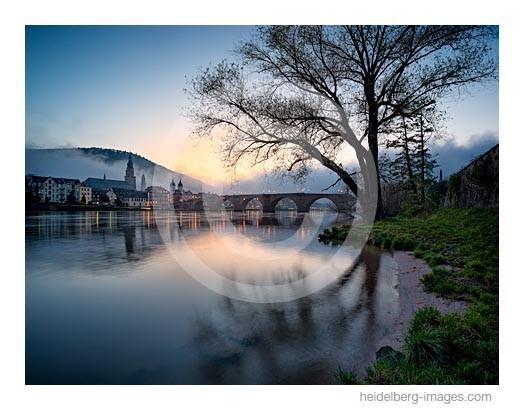 Archiv-Nr. hc2014178 | Heidelberg, Abendstimmung am Neckarufer