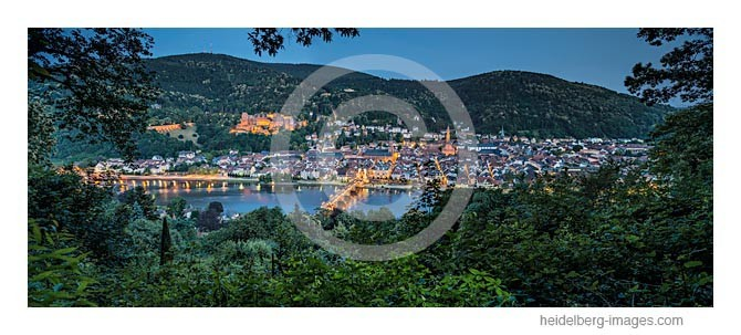 Archiv-Nr. hc2013134 / Heidelberg in der Abenddämmerung