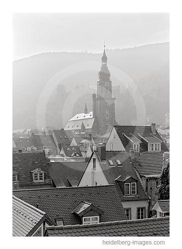 Archiv-Nr. h2000147 | Heiliggeistkirche und Altstadtdächer