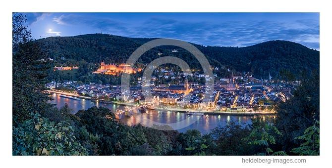 Archiv-Nr. hc2017145 / Abendstimmung mit Blick auf die Altstadt und Schloss