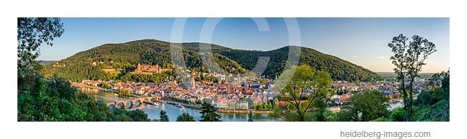 Archiv-Nr. hc2007171 / Panoramablick auf Heidelberg im Spätsommer
