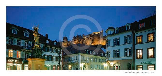 Archiv-Nr. hc2004128 | Blick vom Kornmarkt auf das Schloss