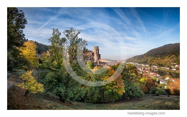 Archiv-Nr. hc2018132 / Schloss im Herbst