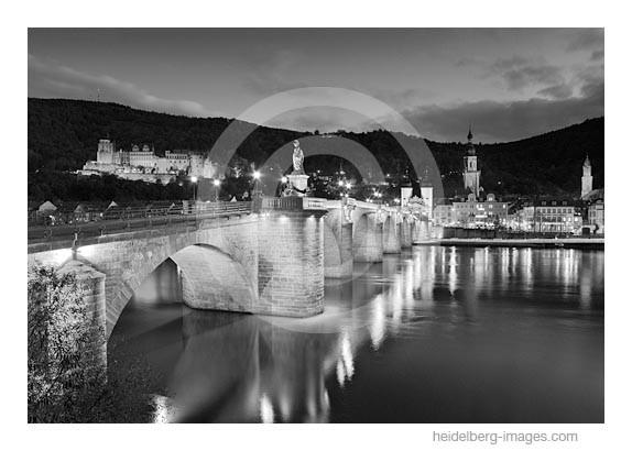 Archiv-Nr. h2010173 | Alte Brücke und Schloss bei Nacht